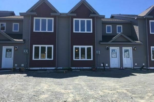 33 Municipal Avenue  Mount Pearl  for lease