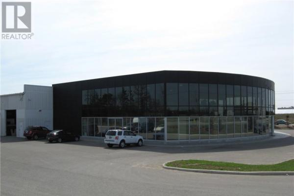 112 Caplan Avenue Unit# 2nd Flr A  Barrie for lease