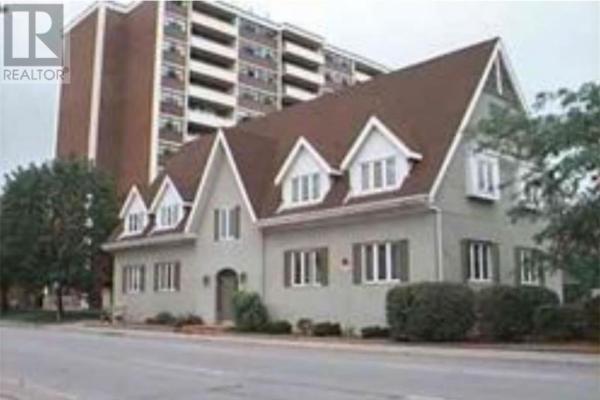 151 Randall Street Unit# 206-208  Oakville for lease