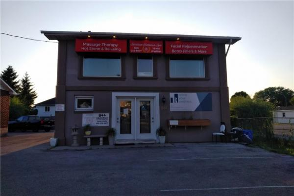 844 Upper Wentworth Street  Hamilton for lease