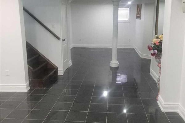 251 Selwyn Rd  Richmond Hill for rent