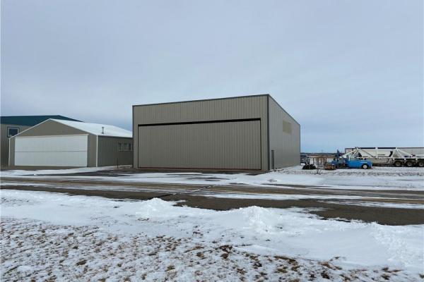 n3 North Airport Cl  High River for lease