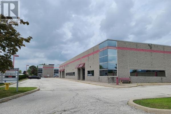 4520 Rhodes Unit# 500  Windsor for lease