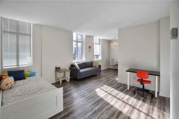705 36 James Street S  Hamilton for rent