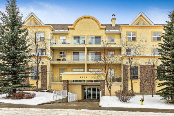 214 1631 28 Av Sw  South Calgary, Calgary for lease