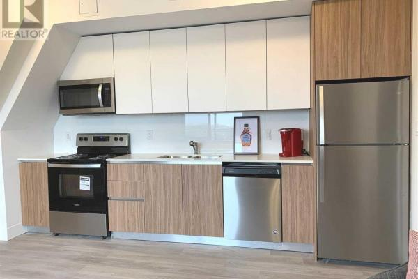 #r02 -293 Viewmount Ave  Toronto for rent