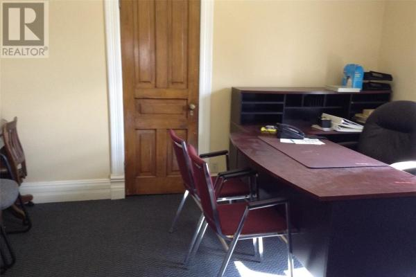 154 Thames Street  Chatham for lease