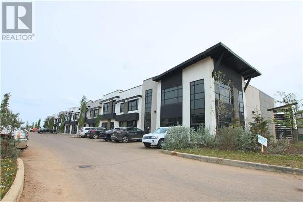 106, 400 Mackenzie Boulevard  Fort McMurray for lease