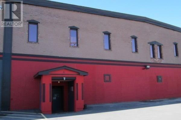 #1 -129 Hagar St  Welland for lease