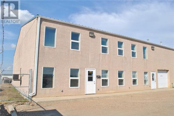 1, 846 23 Street  Medicine Hat for lease