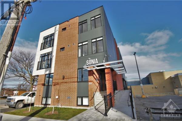 351 Croydon Avenue Unit#202  Ottawa for lease