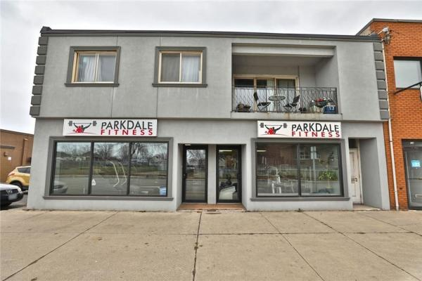 162 Parkdale Avenue N  Hamilton for lease