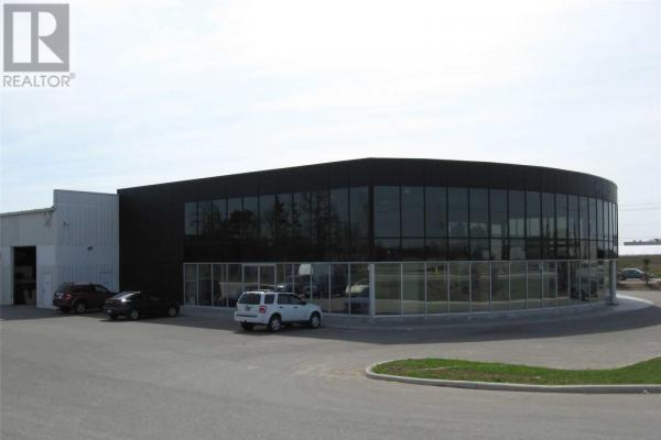 #Flr 2-A -112 Caplan Ave  Barrie for lease