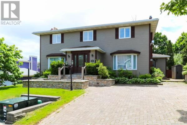 5 Hawthorn Place  St. John's for lease