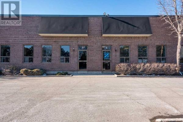 #4 -40 Bell Farm Rd  Barrie for lease