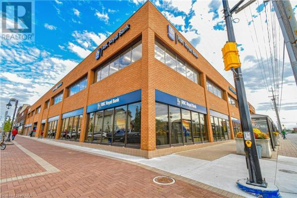 189 Kent Street W  Lindsay for lease