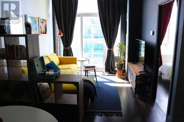 #ph08 -7167 Yonge St  Markham for rent